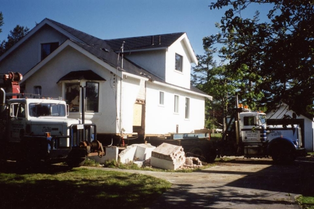 Moving a house in Saanich BC